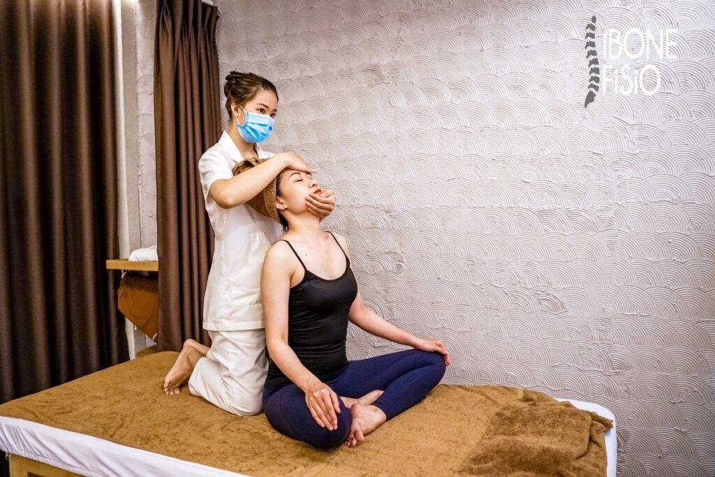 Massage vật lý trị liệu tại Sài Gòn còn hỗ trợ cực tốt trong việc điều trị các căn bệnh cơ xương khớp